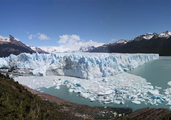 BUENOS AIRES The stunning Perito Moreno glacier begins its breakup